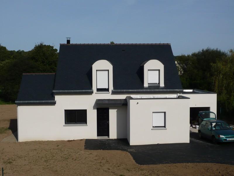 Photos de maisons neuves couleur de l enduit for Maison usinee cote