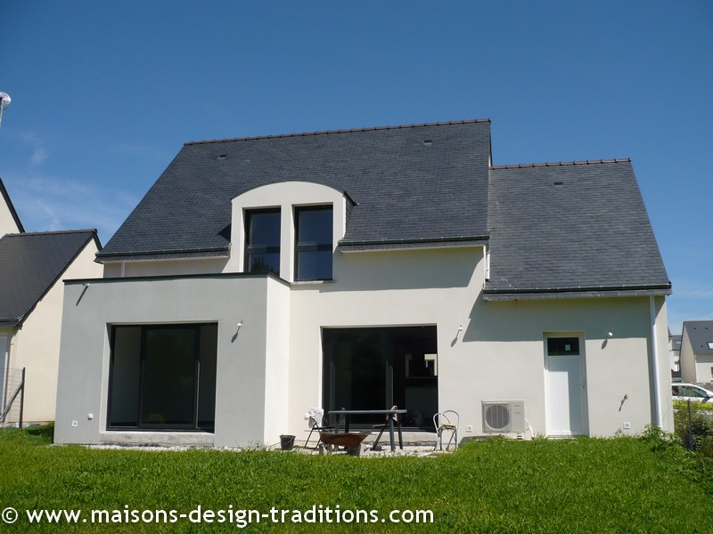 Maison Neuve Construction  Avie Home